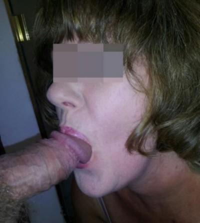 Libertine désirant pomper de longs sexes à Noyarey